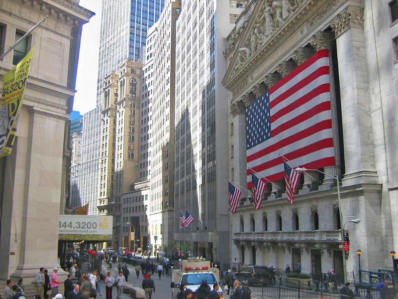 Wall Street: futures Usa positivi, focus su trimestrali e dati macro