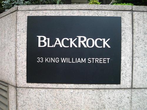 BlackRock annuncia risultati sopra le attese e flussi boom nel trimestre