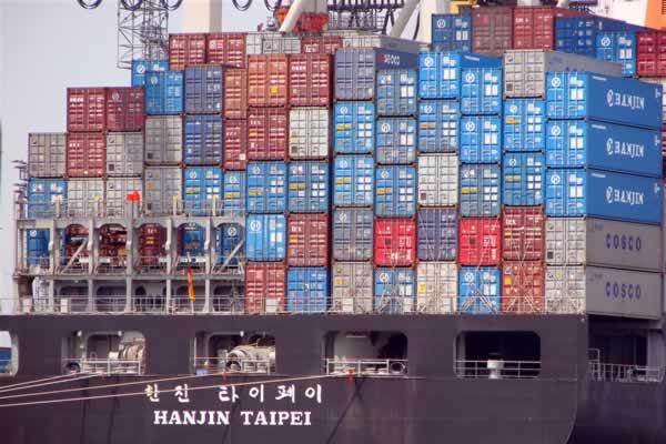 Zona Euro: bilancia commerciale maggio in surplus per 24,6 mld